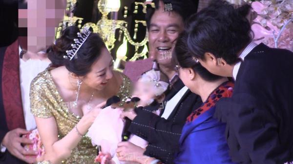 朱时茂儿子举办婚礼众星云集 陈佩斯刘晓庆朱军同台祝贺好欢乐光明网