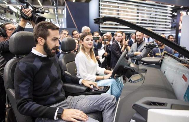法兰克福风向标丨拜腾首款量产定型版车型M-Byte全球首秀21世纪经济报道