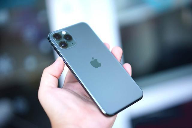 """嘴上雖有各種吐槽,但拿到手裡""""真香"""",這就是iPhone 11科技彙談"""