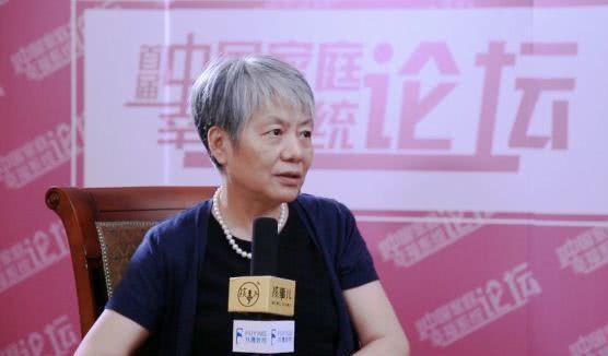 """李玫瑾:""""父母最该做的不是陪孩子写作业,而是带他们去这个!"""""""