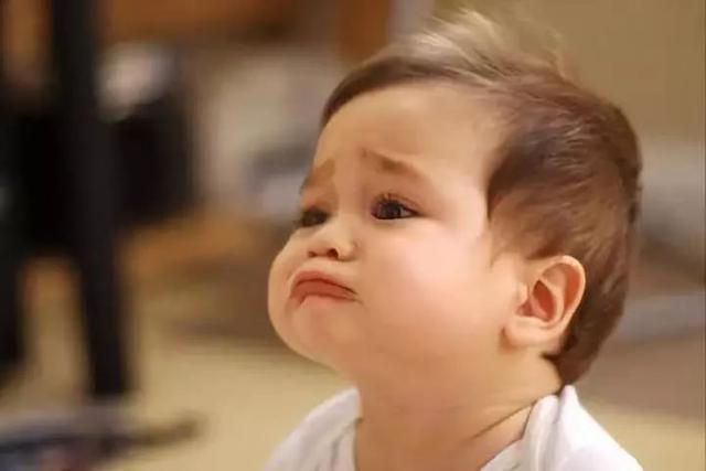李玫瑾教授:当孩子用哭闹要挟你时,4步走,轻松搞定
