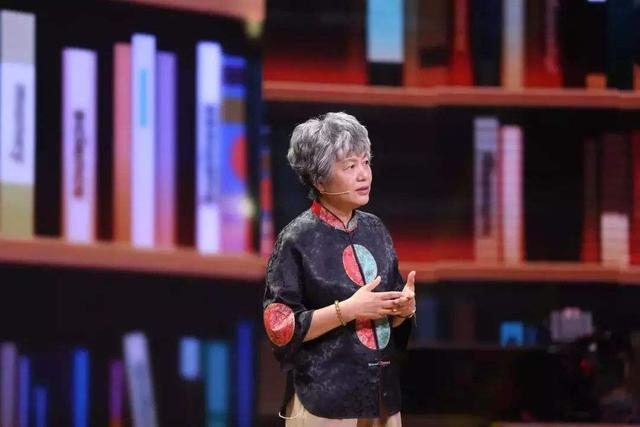 李玫瑾教授,用40年上千例罪案,回溯亲子关系对人格的影响