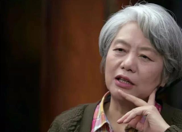 李玫瑾:孩子早恋!妈妈不用急,和他讲一个道理就可以