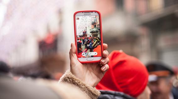 《今年2月分国内智能手机出货量为1398.9万部》
