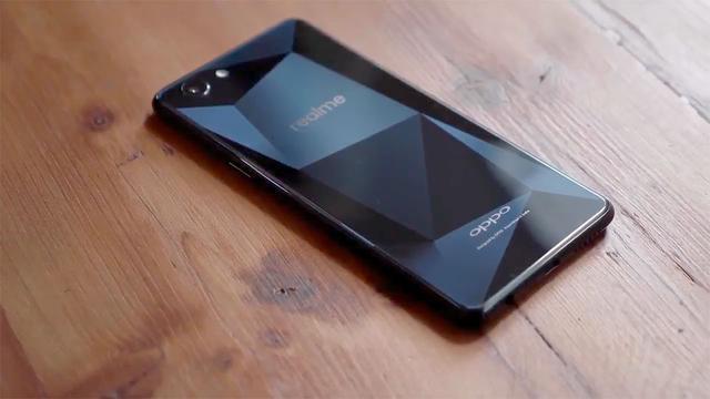 正面匹敌华为小米,OPPO新品牌Realme到场战局,本月将推新机 第3张