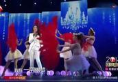 杨钰莹演唱《爱的供养》等影剧歌曲串烧,岗岗甜美歌声让人陶醉!