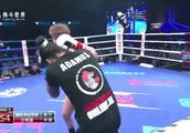 暴打日本男人的姑娘铁拳怒砸,再出手连续重拳打懵荷兰女将KO获胜