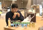 韩国艺人早上起床就开始不停的吃,主持人看了哭笑不得