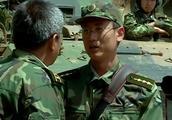 士兵突击:许三多之所以能走出5班,跟这个文艺兵脱不了干系