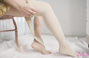 【肉丝篇】美女体验光腿神器再次踩雷记,土味肉丝扎心了,老铁