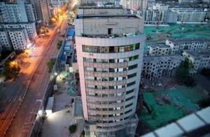 郑州冰熊大厦爆破现场图曝光 郑州冰熊大厦年代多久了为什么被爆破