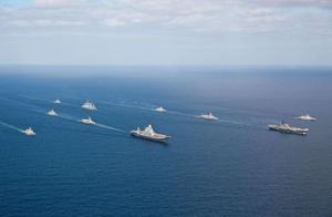最后时刻,巴铁军舰突破70艘敌舰封锁,快速前往青岛赴约