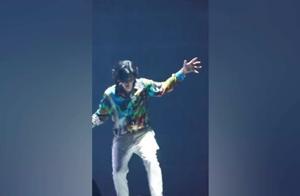 吴亦凡跳舞在流量里是什么水平?