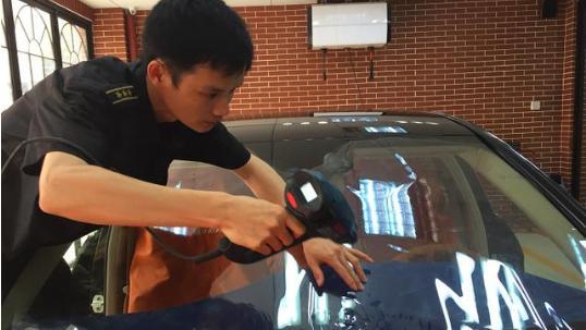 夏季汽车贴膜有必要吗 看看实用性就知道了
