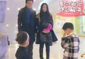曹颖王斑现场教育二胎,让网友点赞!