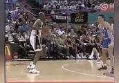 看过乔丹在92梦之队的表现,就懂篮球界他为啥永远排第一