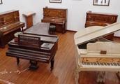 5000架钢琴挤在一座2万余人的小岛上,难怪鼓浪屿被叫做琴岛