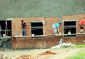 农村这种手艺人不用进城打工,在农村干活一年也能挣七八万