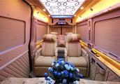 云锦版奔驰斯宾特商务车七座 百万豪车斯宾特带您体验家的舒适