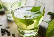 茶叶草酸含量高,喝多了会伤肾吗?红茶、绿茶、花茶教你如何挑选