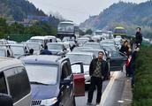 过年自驾回家,在高速上没有干过这些,都不好意思说高速堵车!