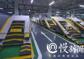 侧方位和倒车入库省了 国内首个平面斜置式智能停车库在重庆投用