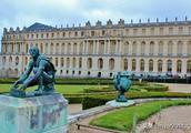 与埃菲尔铁塔齐名,法国这座宫殿做了107年皇宫,还是世界遗产