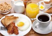 鸡蛋吃法花样多,但有2种吃法会让人中毒!看看你中招没