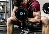 健身2年和入伍2年,除了肌肉块头外,两者的身体素质会相差多大?