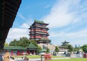 南昌滕王阁非常有名,但其实有三个滕王阁,另两个在山东和四川