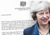 """特蕾莎·梅发公开信:支持""""脱欧""""协议,还你一个光辉的英国"""