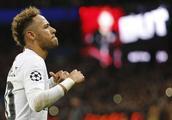 巴黎人报:内马尔缺席训练,欧冠出战红星存疑