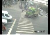 上海警方严查致死致祸交通事故背后责任!5名企业负责人被刑拘!