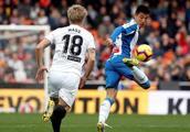 武磊西甲首次首发出战71分钟创历史,西班牙人客场0:0平瓦伦西亚