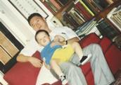 李敖去世一周年 儿子李戡分享家庭照