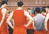 2019年篮球世界杯8月31日打响,李楠7月率队赴美参加NBA夏季联赛