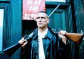 《两杆大烟枪》鬼才盖·里奇的巅峰之作,与星爷不同的幽默喜剧片