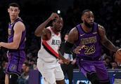 湖人4连胜反超马刺,NBA最新排行:黑马第5,垫底3队全爆冷