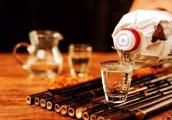 白酒、啤酒、红酒哪一种酒最伤身?优缺点大汇总!