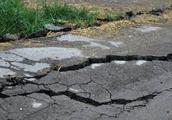 为什么农村道路容易坏?不合格的砂石如何才能杜绝?