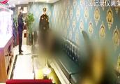 民警对一家SPA店进行突击检查,发现女技师正在提供特殊服务