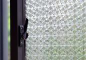 聪明主妇都用玻璃遮光贴,透光不透明,更好保护你的隐秘生活