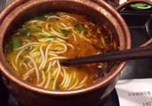 第一次吃过桥米线,还是很不错的,下次还要去吃!