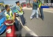 南宁:男子非法营运被查,不仅拒不配合检查,还暴力抗法