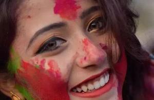 印度神仙小姐姐一夜刷屏,真一眼万年的宝藏美人!