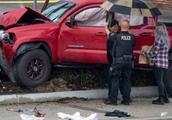 惨烈!美加州29岁男子开小货车冲上人行道人群,至少酿9伤